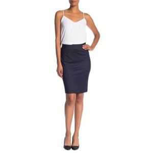 Amanda & Chelsea Denim Ponte Pull-On Skirt Size M